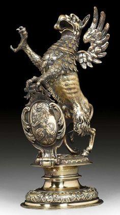 Metallic Sculpture : Drinking vessel in the shape of a griffin. Lucerne end of c Vintage Silver, Antique Silver, Hood Ornaments, Objet D'art, Antique Art, Makers Mark, Metal Art, Form, Metal Working