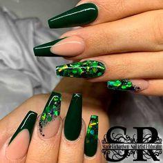 Dark Green Nails, Dark Nails, Gel Nails, Green Nail Art, Blue Nail, Best Acrylic Nails, Acrylic Nail Designs, Acrylic Nails Green, Acrylic Nail Set