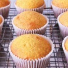 Receita básica de Cupcake - ... Fiz essa receita duas vezes, segui a risca e nas duas vezes rendeu 23 cupcakes. A massa fica super fofinha, mesmo depois de...