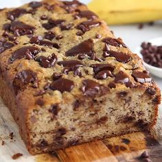 The BEST Almond Flour Paleo Banana Bread with chocolate chips – it's simple, quick and perfect for the banana lovers in your life. Naturally gluten-free, no added sugar needed if you use extra extra ripe bananas! Banana Bread Almond Flour, Flours Banana Bread, Gluten Free Banana Bread, Gluten Free Baking, Healthy Baking, Banana Zucchini Bread Healthy, Gluten Dairy Free, Dairy Free Gluten Free Desserts, Almond Flour Desserts