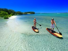 Stand up paddle boarding on The Sunshine Coast, Australia. Sunshine Coast, Coast Australia, Queensland Australia, Australia 2017, Paddle Boarding, Snorkeling, Monuments, Sup Stand Up Paddle, Road Trip