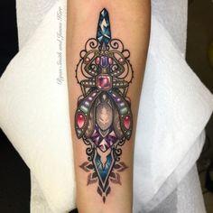 Tattoo-Idea-Jenna-Kerr-Diamond-03