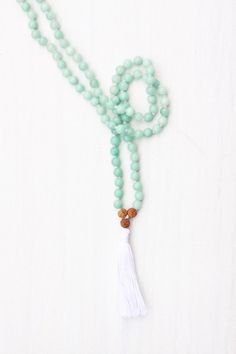 I am strong enough to take charge of my life, connect with my inner power, and overcome fears by following my dreams. #malabeads #meditation #japamala