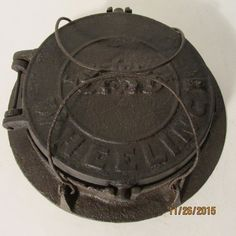 CIVIL WAR ERA ANTIQUE SWEENEY FOUNDRY WHEELING WVA WAFFLE IRON CAST IRON $99.00