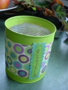 Recycled can, craft paint and scrapbook paper = Scrappy Tin Can Planter Tin Can Crafts, Fun Crafts, Arts And Crafts, Recycle Cans, Repurpose, Recycling, Outdoor Crafts, Outdoor Stuff, Painted Tin Cans