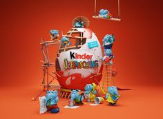 In Kinder Surprise your child can find unique and exclusive toys of characters from their favorite cartoons and movies.Let your child to join exciting adventure Visual Advertising, Creative Advertising, Advertising Design, Children Advertising, Top Imagem, Illustrator, Graffiti, 3d Typography, 3d Artwork