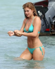Watch this video for weight loss secrets  -- Doutzen Kroes -- Good Morning…