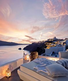 Beautiful Places To Travel, Beautiful Hotels, Vacation Places, Dream Vacations, Hotels And Resorts, Best Hotels, Luxury Resorts, Apartamento New York, Santorini Luxury Hotels