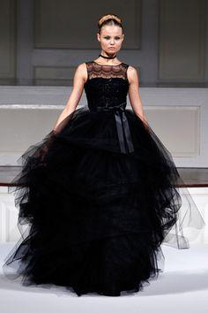 Elegant Black Dress :  wedding Oscardelarenta Ss11 1