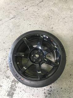 GT350R Carbon Fiber wheels with Pilot sport Cup 2's