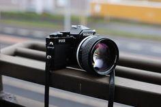 Nikon FM2 Black + NIKKOR 85mm f/1.4 #nikoncameras