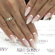 Wedding Nails-A Guide To The Perfect Manicure – NaiLovely Classy Nails, Stylish Nails, Simple Nails, Cute Nails, Pretty Nails, Lace Wedding Nails, Bridal Nails, Nail Art Vernis, Nagellack Trends