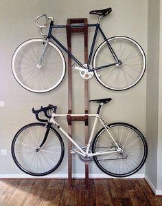 Com dificuldade para encontrar lugar para a #bicicleta no seu apartamento? Veja 22 ideias no #Simplesdecoracao