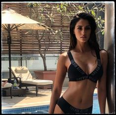 Disha Patani Looks Sexy in Calvin Klein Photoshoot. Disha Patani is one of the sexiest Bollywood actress today you can't ignore her even in her small photo Disha Patani Instagram, Fotos Do Instagram, Deepika Padukone, Sonam Kapoor, Sonakshi Sinha, Disha Patani Photoshoot, Photoshoot Images, Disha Patni, Indian Bikini