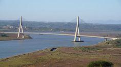 Fotografía de Ayamonte, Provincia de Huelva: View from the hotel, the border bridge. Echa un vistazo a los 2.797 vídeos y fotos de Ayamonte que han tomado los miembros de TripAdvisor.