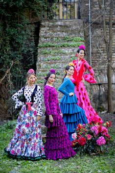 Trajes de flamenca 2019. Colección 2019. Sueña Primaveras Spanish Party, Flamenco Skirt, Marimekko, Wild And Free, Belly Dance, High Fashion, Dancer, Aurora Sleeping Beauty, Spain