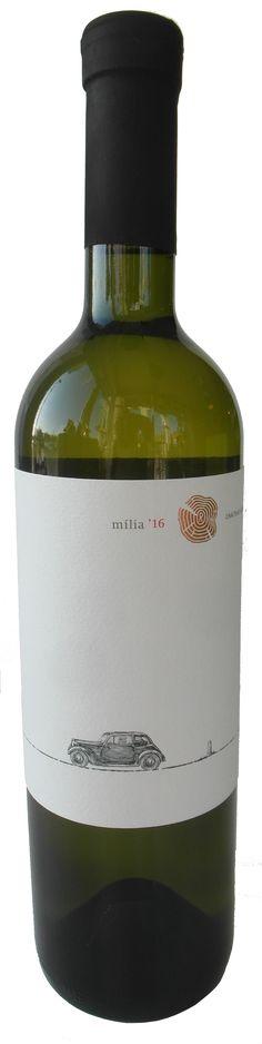 NOVINKA - MÍLIA ročník 2016 z Chateau Rúbaň aktuálne v našej ponuke  ..... www.vinopredaj.sk .....  Ochutnajte unikátnu odrodu z južnoslovenského regiónu už dnes. Mília vznikla krížením Tramínu červeného a odrody Müller-Thurgau.   #milia #vinomilci #slovenskevino #slovakwine #slovenskevina #slovakia #slovak #inmedio #wineshop #vinoteka #navino #vino #wine #wein #mameradivino #milujemevino #odroda #ochutnaj #taste #tasting #winetasting #tramincerveny #mullerthurgau #juzneslovensko