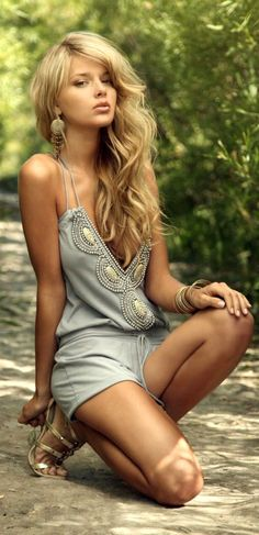 Sexy Boho [ VelvetEyewear.com ] #sexy #luxury #style http://trendingdress.com/keep-cool-look-sexy/                                                                                                                                                      More                                                                                                                                                     More