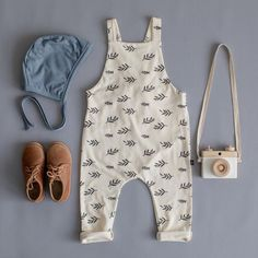 sprigs overalls // leaves overalls // blue meadow bonnet // haven kids // - BABY BOY - bebe Boho Baby Clothes, Stylish Baby Clothes, Vintage Baby Clothes, Stylish Kids, Neutral Baby Clothes, Vintage Kids Fashion, Kids Fashion Boy, Toddler Fashion, Baby Outfits