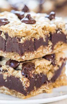Fudgy Oatmeal Chocolate Chip Cookie Bars #oatmeal #chocolate #cookie