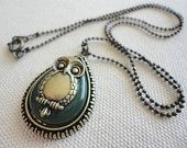 SHOP SALE 50% OFF Jade Owl Necklace -- Vintage Style, Antique Brass, 18 Inch