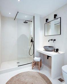Modern Bathroom, Small Bathroom, Bathroom Ideas, Minimalist Bathroom Design, Bathroom Canvas, Budget Bathroom, Bathroom Designs, Interior Simple, Interior Ideas