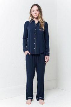 navy-w-white-bind-pyjama-set_front