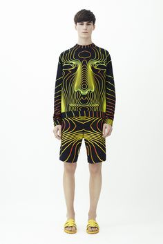 See all the Collection photos from Christopher Kane Spring/Summer 2014 Menswear now on British Vogue Fashion Prints, Love Fashion, Fashion Show, Mens Fashion, Fashion Design, Fashion Menswear, Runway Fashion, Style Fashion, Christopher Kane