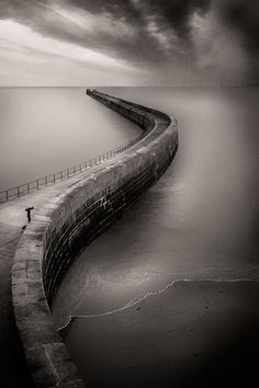 I Meet To The Tomorrow, photography by Gavino Idili. In Nature, Scenery, Waterscape. I Meet To The Tomorrow, photography by Gavino Idili. Foto Real, Foto Art, Black And White Pictures, Belle Photo, Great Photos, Black And White Photography, Landscape Photography, Road Photography, Photography Ideas