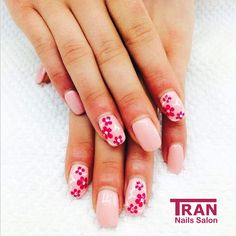 Blossom love #trannails #nageldesign #nagelstudioerbach #nailart #wallofnails #gel #manicure