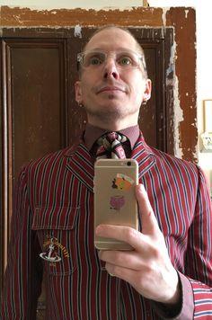 Striped 3-button blazer: Vivienne Westwood /