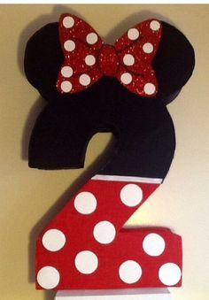 Reserved number 2 minnie mouse piñata. Minnie mouse by aldimyshop