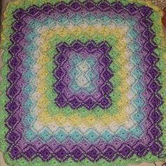 Bavarian Crochet - Tutorials on YouTube. Color Combinations, Color Schemes, Bavarian Crochet, Machine Embroidery, Crochet Tutorials, Pattern Ideas, Stitch, Blanket, Colour