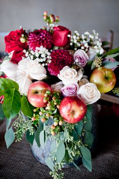 Fall rustic apple bridal inspiration shoot from Dogwood Events.