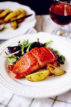 Amber Maple Glazed Salmon - dinner in under 30 minutes with this delicious beer glazed wild salmon!