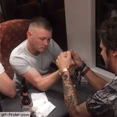 Reverse arm wrestle prank | Gif Finder – Find and Share funny animated gifs