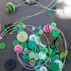 #DIY #Button Necklaces