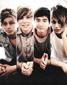 4 guys, 5 seconds...who's the 5th second of summer??? Hmmm...haha