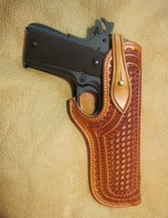 Survival camping tips 1911 Holster, Pistol Holster, Leather Knife Sheath Pattern, Custom Leather Holsters, Leather Tooling Patterns, Leather Projects, Leather Working, Revolvers, Shotguns