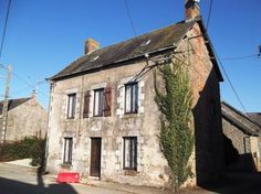 3 Bedroom House For Sale in Mayenne, FRANCE - Property Ref: 700138