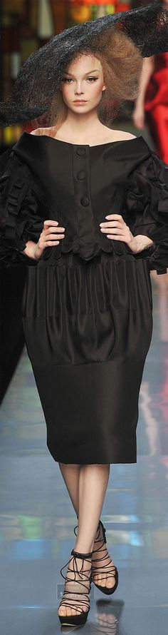 Christian Dior      ᘡղbᘠ