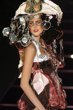 John Galliano, Autumn/Winter 2004, Ready-to-Wear
