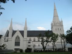 Saint Andrew's Cathedral is an Anglican cathedral in Singapore, the country's largest cathedral.Saint Andrew's Cathedral expresses its affiliation with the Anglican Communion in England through three symbolic objects.