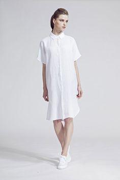 IMRECZEOVA SS16 white linen shirt dress White Linen Shirt, Linen Shirt Dress, Ss16, White Dress, Shirts, Dresses, Fashion, Gowns, Moda