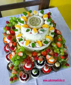 Caprese Salad, Table Decorations, Food, Home Decor, Decoration Home, Room Decor, Essen, Meals, Home Interior Design