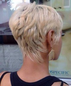 Latest Pixie Hairstyles for Women #PixieHairstylesMessy