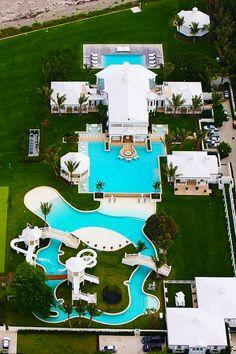 Celine Dion's House #pool #celebrity