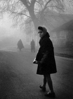 Το κοριτσάκι της Ηπείρου Love Photos, Baby Photos, Costa, Great Photographers, Historical Photos, Black And White Photography, The Past, History, Pictures