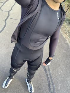 Bi_cyclistnetn On Kik Fab Boys, Lycra Men, Lycra Spandex, Mens Compression Pants, Mens Tights, Sporty Look, Cycling Outfit, Hairy Men, Attractive Men