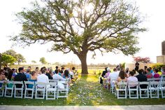 Ceremony under a tree. Such a beautiful idea, very untraditional